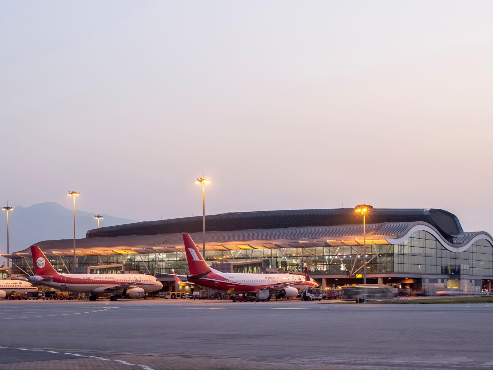 Hong Kong International Airport North Satellite Concourse   Aedas